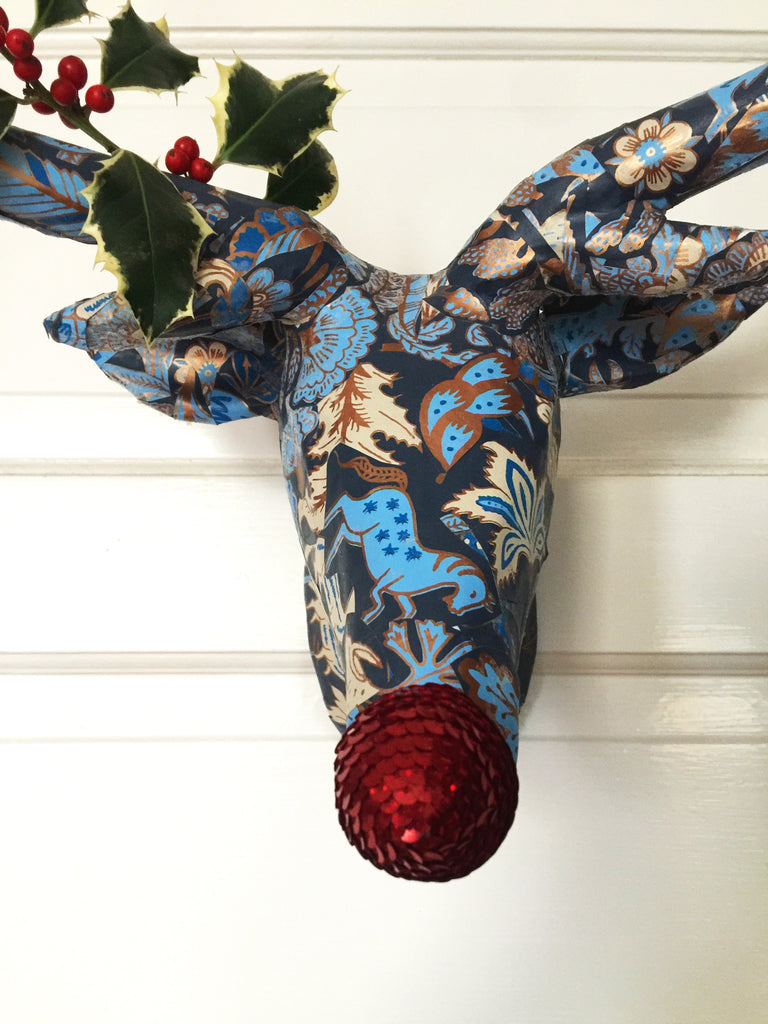 put some holly on it