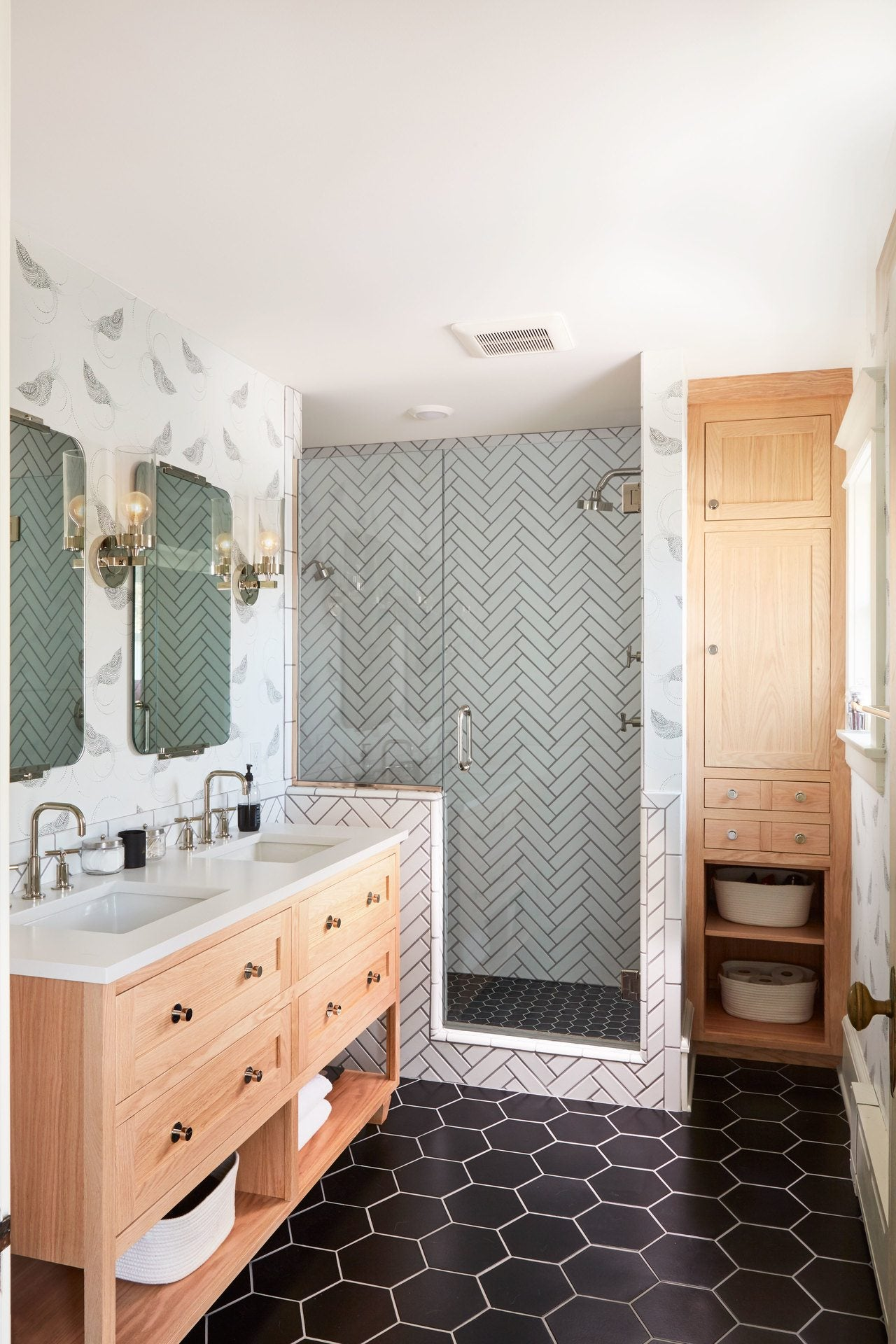 Resolve to Redecorate: Aimee's Home Remodel | Part 1: Master Bathroom | Pajarito Black wallpaper | Laundry Studio | Hygge & West