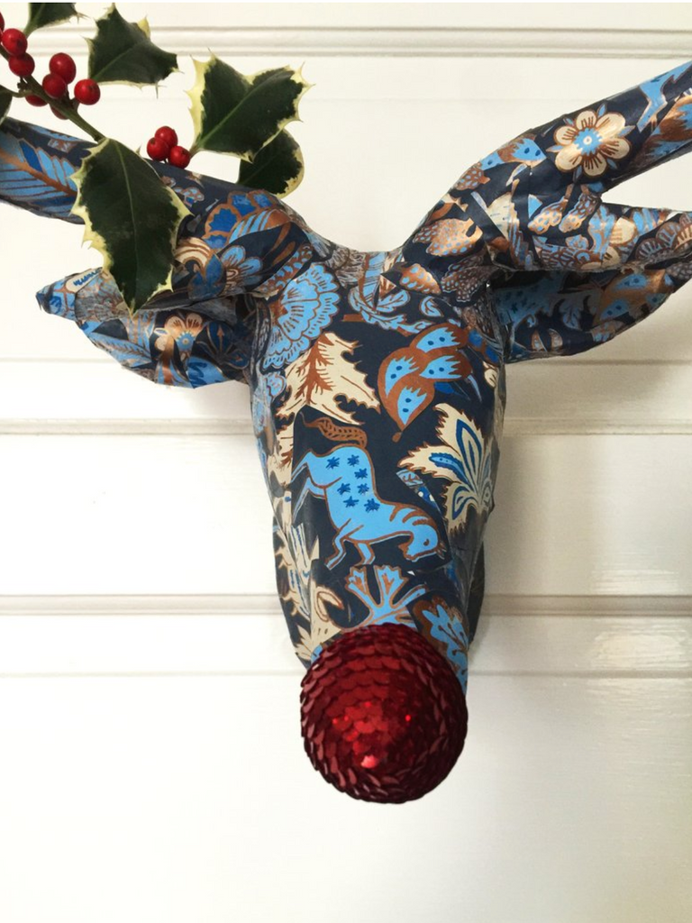 Wallpaper paper mache deer head Foret (Midnight) wallpaper Hygge & West Etsy