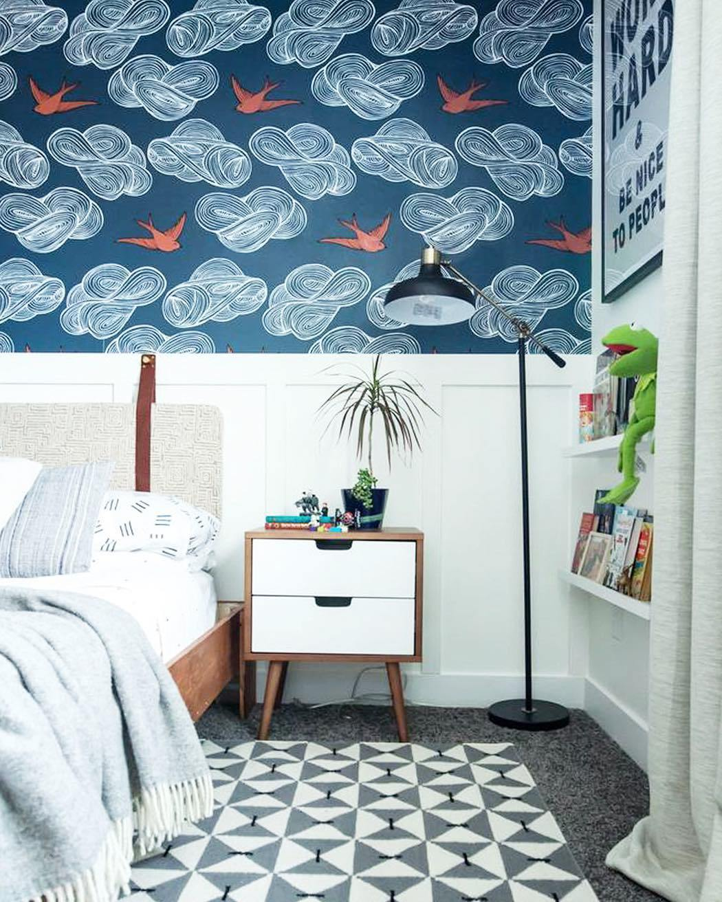 Bold patterns | Daydream Indigo wallpaper | Julia Rothman | Hygge & West