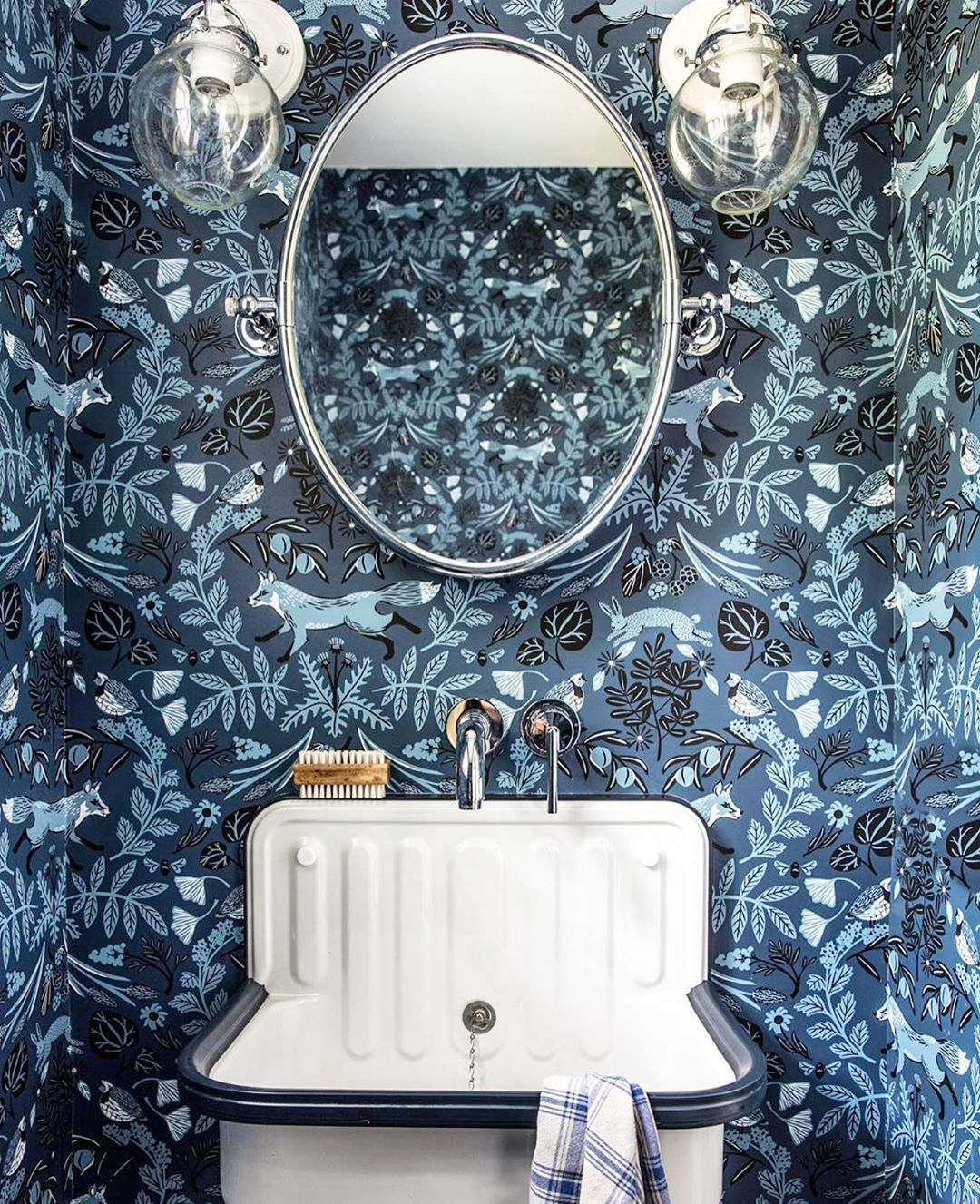 Piedmont Indigo wallpaper | Helmsie | Hygge & West