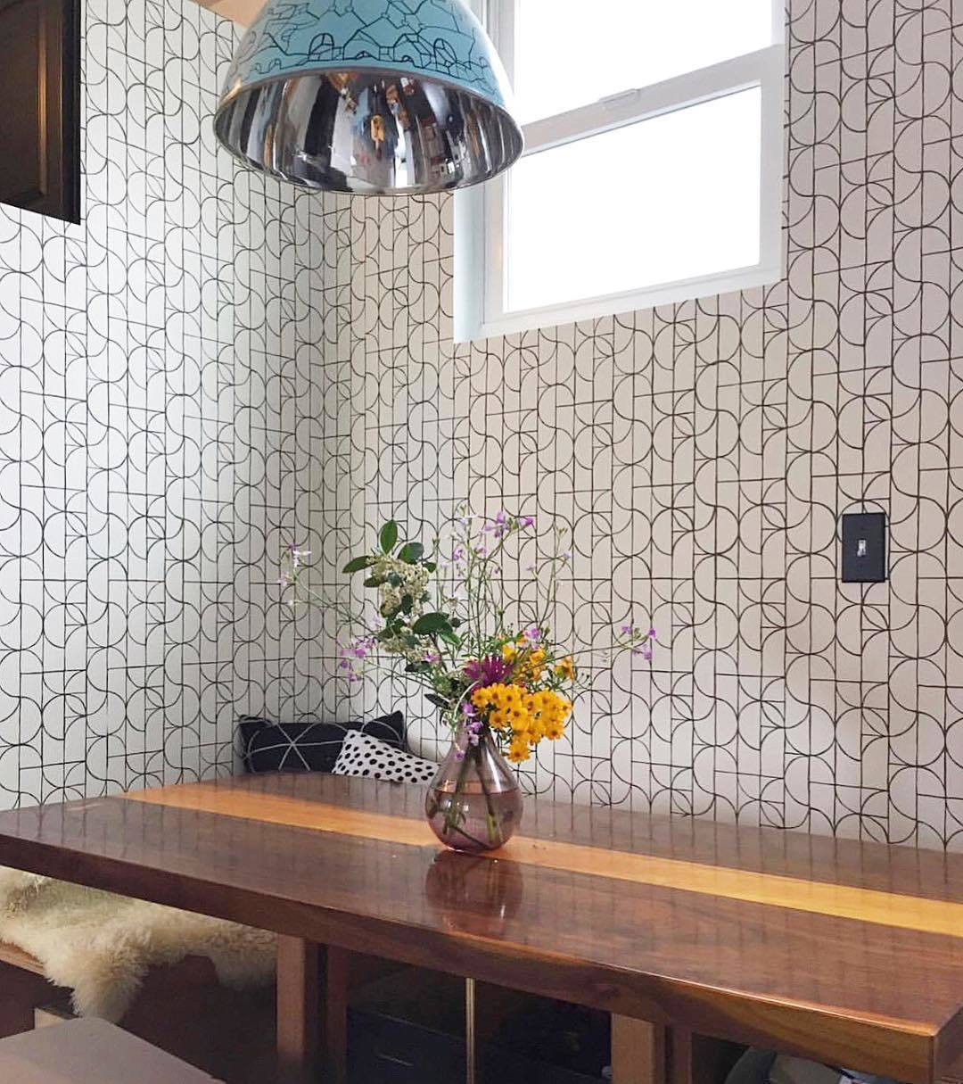 Wallpapered Nooks Roundup | Slice Charcoal wallpaper | Heath Ceramics | Hygge & West
