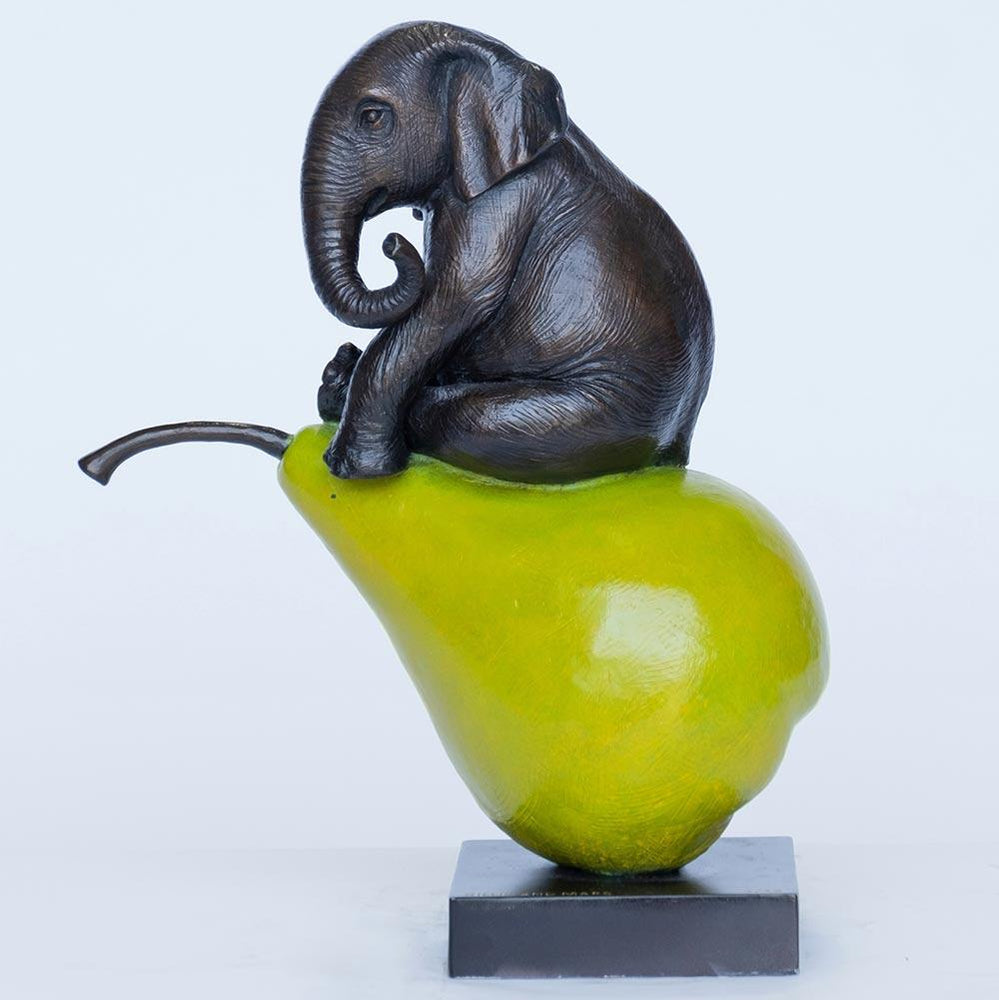 Elephants will pair for life (Bronze Sculpture)