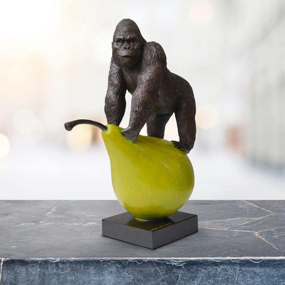 Gorillas will pair for life (Bronze Sculpture)