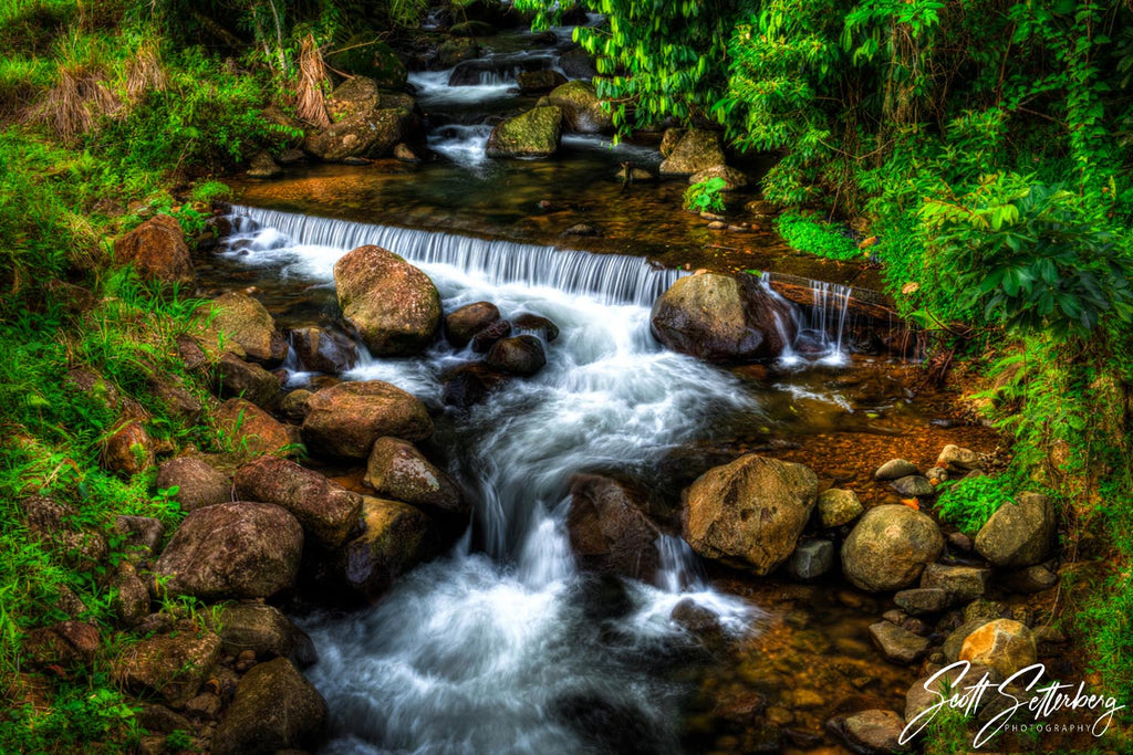 Costa Rica Country Stream