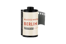 Load image into Gallery viewer, Berlin Kino Black and White 400 ISO 35mm x 36 exp.