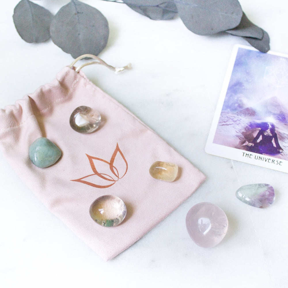 Ethically sourced crystal starter kit - luxe.zen