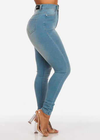 Women's Junior Ladies Classic Light Wash Ultra High Waisted 1 Button Skinny Jeans