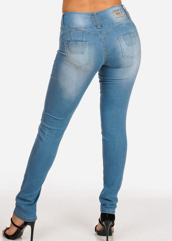 Butt Lifting Levanta Cola Mid Rise 3 Button Light Wash Skinny Jeans