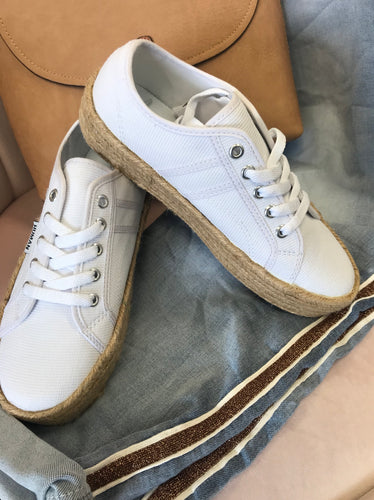 Charlotte Canvas Sneakers