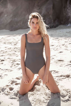Every Girl Beach Stone Grey