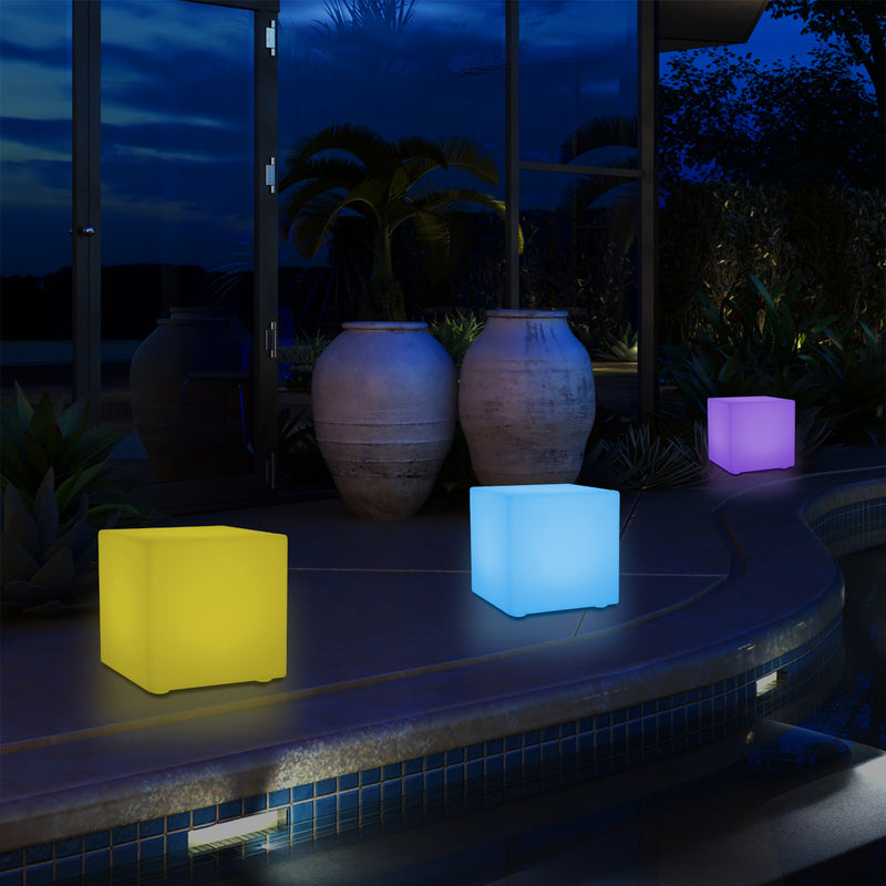 LED Buitenverlichting, Tuin Patio Tafellamp, RGB Kubus Buitenlamp op Netvoeding, 5V Laagspanning, 15cm