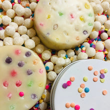 Load image into Gallery viewer, Cupcake Massage Bar with Tapioca Pearls - MOONCHILD PRODUCTS