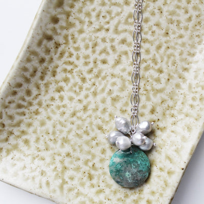 Chrysocolla and grey pearl cluster pendant on chain