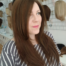Load image into Gallery viewer, Zara synthetic Smartlace wig in 6/33 / Jon Renau