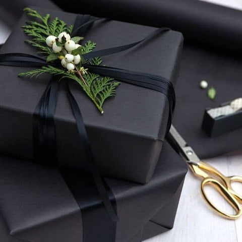 black luxury gift boxes