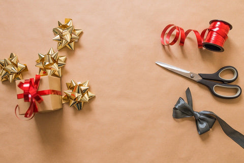 gift wrapping tools
