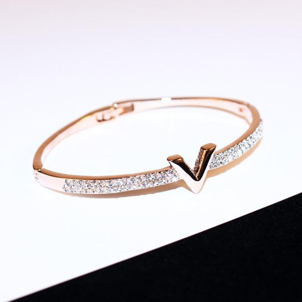 Carrie Brad Bracelet - Iconic Style Inc.