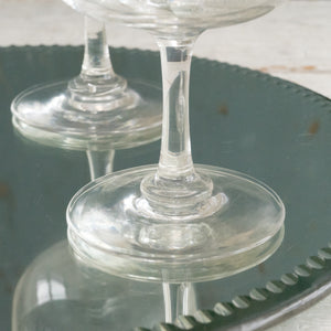 VINTAGE CHAMPAGNE GLASS