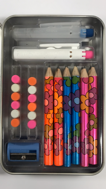 Build-A-Pencil Kit: Flashy Flowers