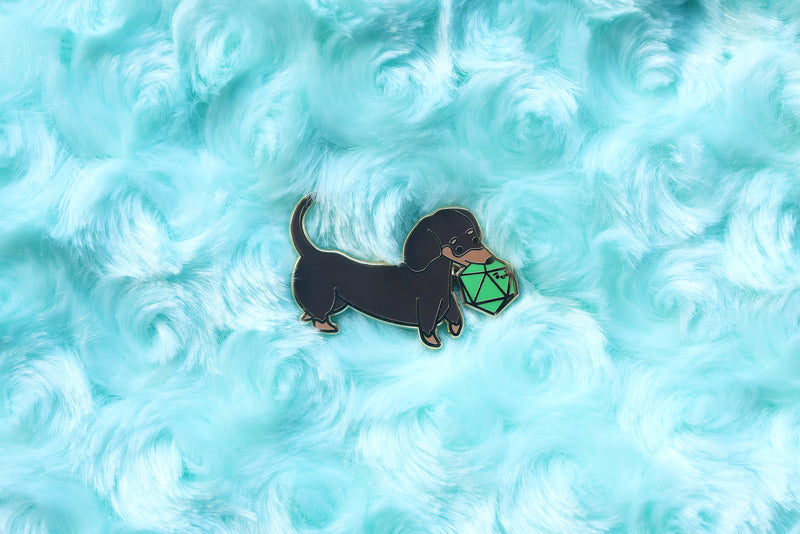 Short Haired Dachshund D20 Dice Buddy Enamel Pin