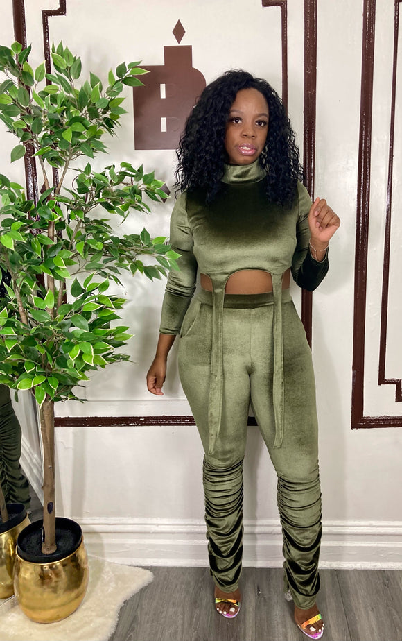VELVET TWO PIECE SET (Money Green)