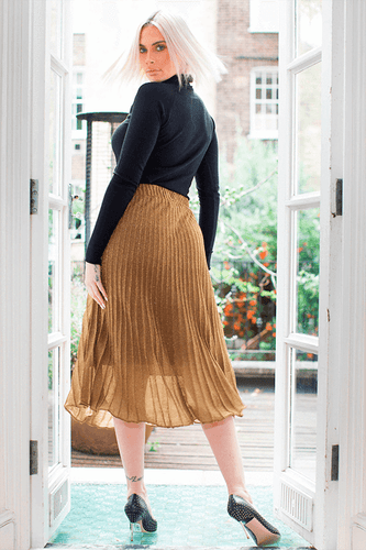U.MAY Grace Midi Knit Pleat Skirt Gold