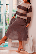 Load image into Gallery viewer, U.MAY Grace Midi Pleat Knitted Skirt Brown