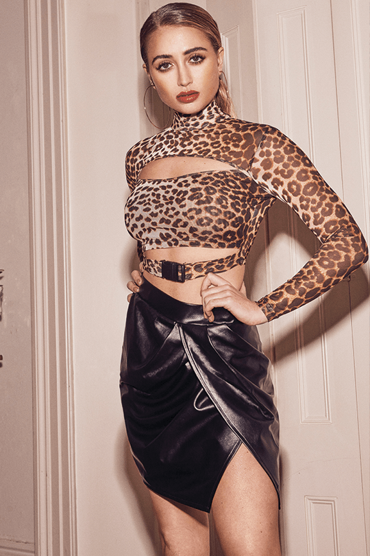 U.MAY2019 Camila Clip Crop Top