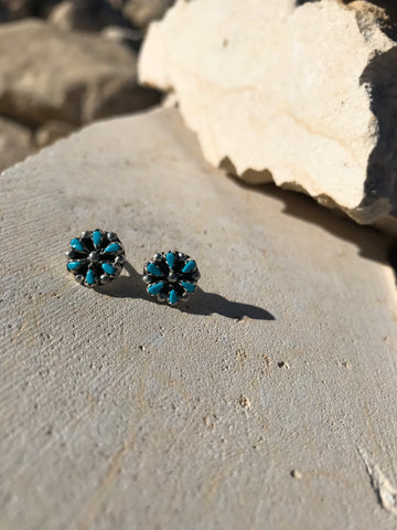 Zuni Petti Point Post Earrings