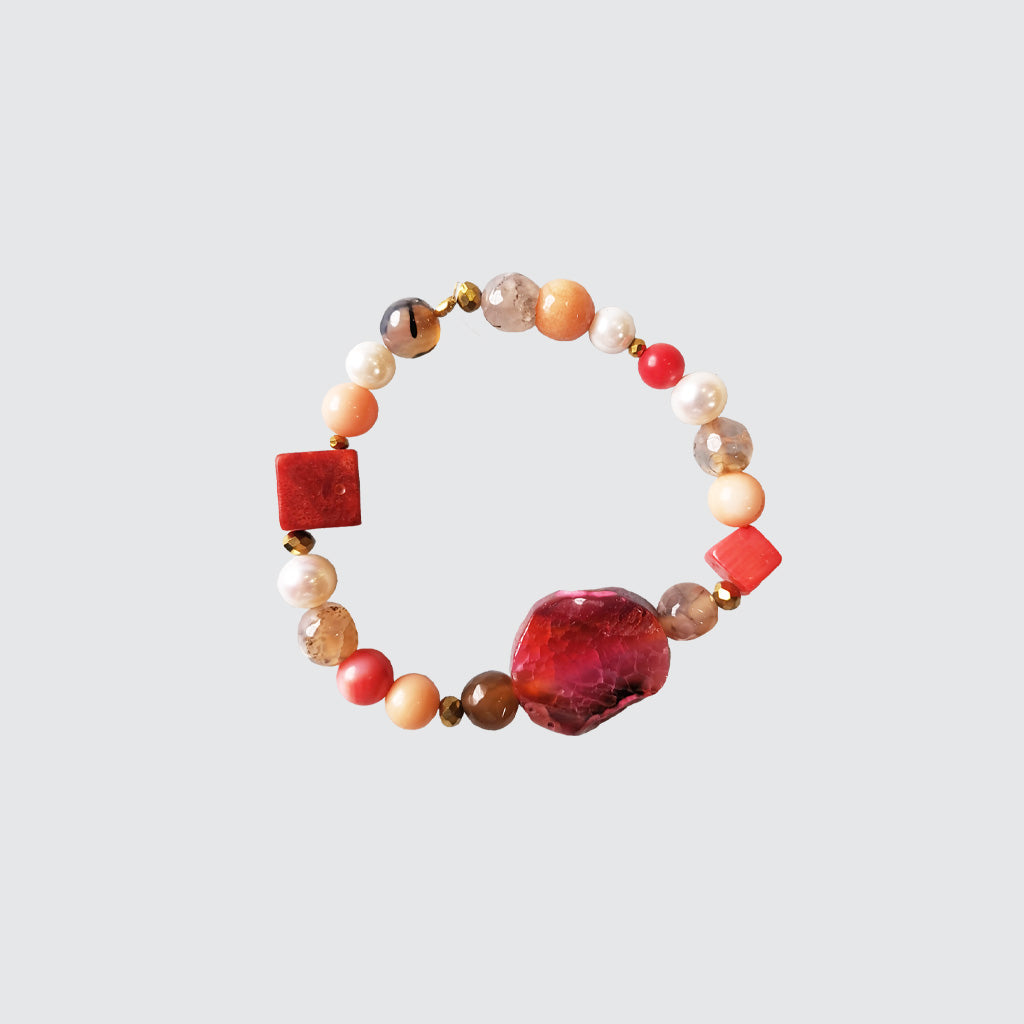 Red Agatha and Pearls Bracelet