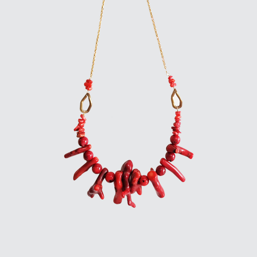 NECKLACE-RED-CORALS-SHORT