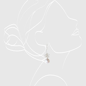 Silver wired earrings with a pearl