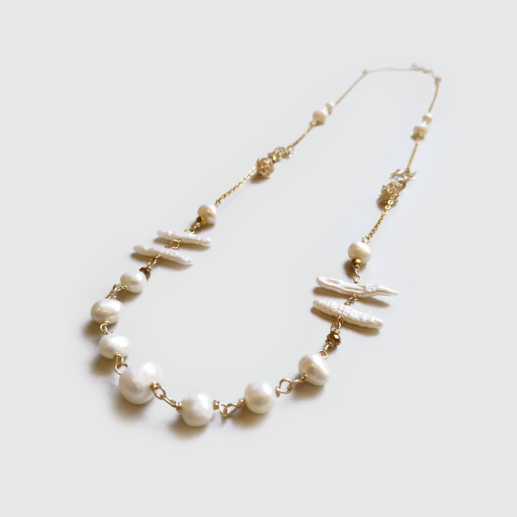 Pearls and Knots Long Necklace