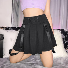 GOTHIC MOON PRINTING BLACK PLEATED SKIRT