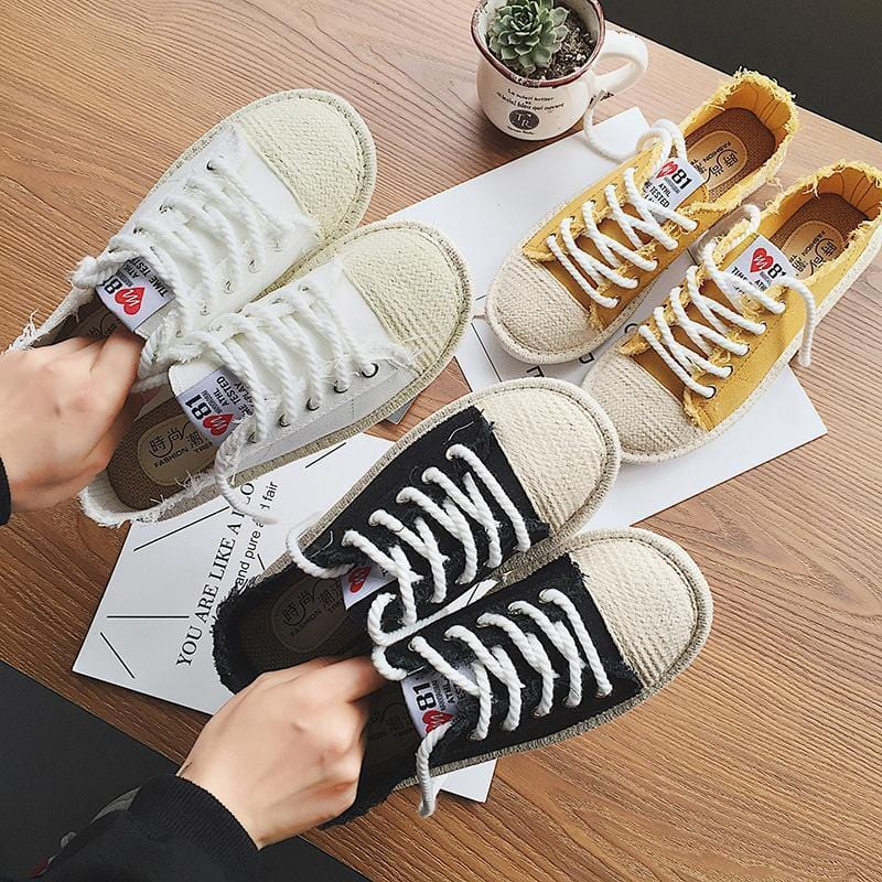 RIPPED EDGE CANVAS LACE UP SNEAKERS