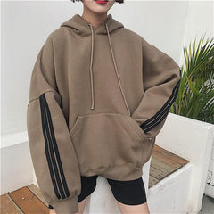 LOOSE STRIPED BAT SLEEVE FRONT POCKET HOODIE
