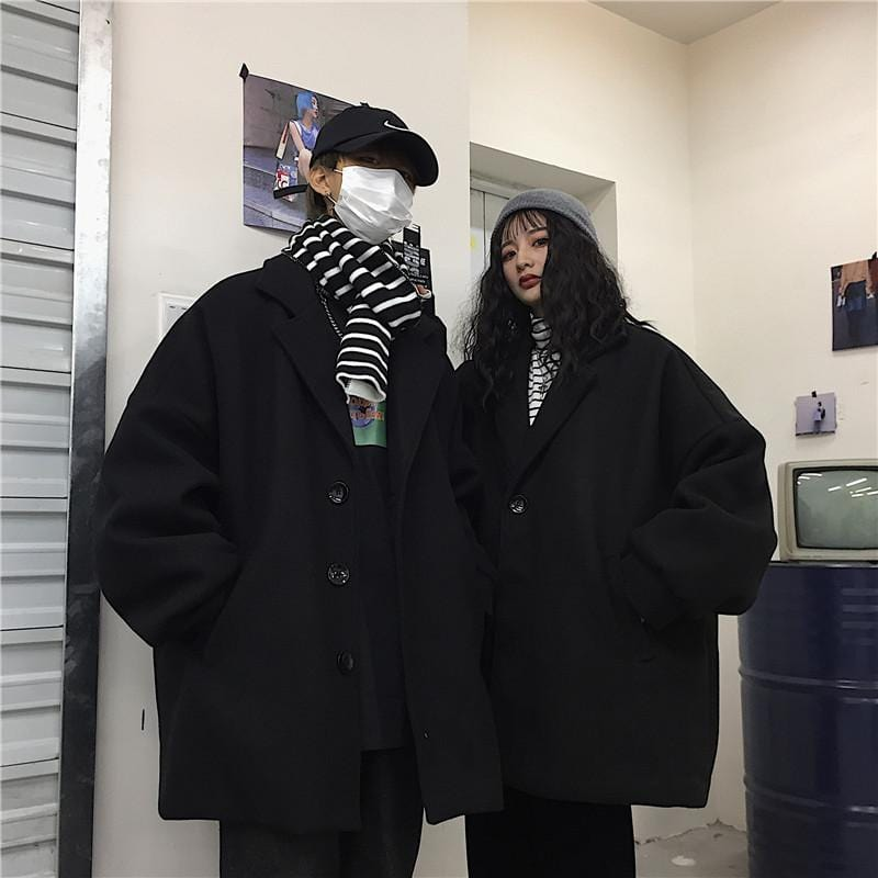 RETRO BLACK UNISEX OVERSIZED WARM COAT