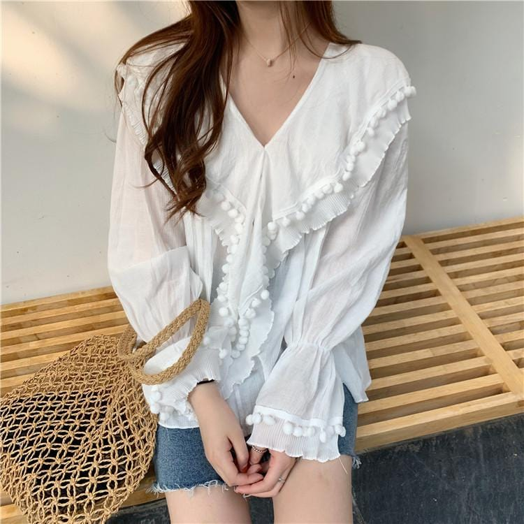 WOMENS WHITE LIGHTWEIGHT BLOUSE FRINGE NECKLINE