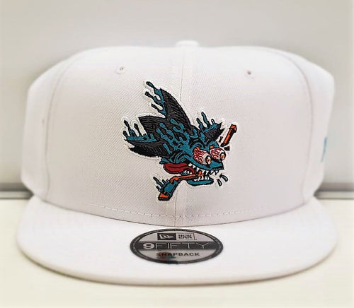Shark Freak Snapback-WHT