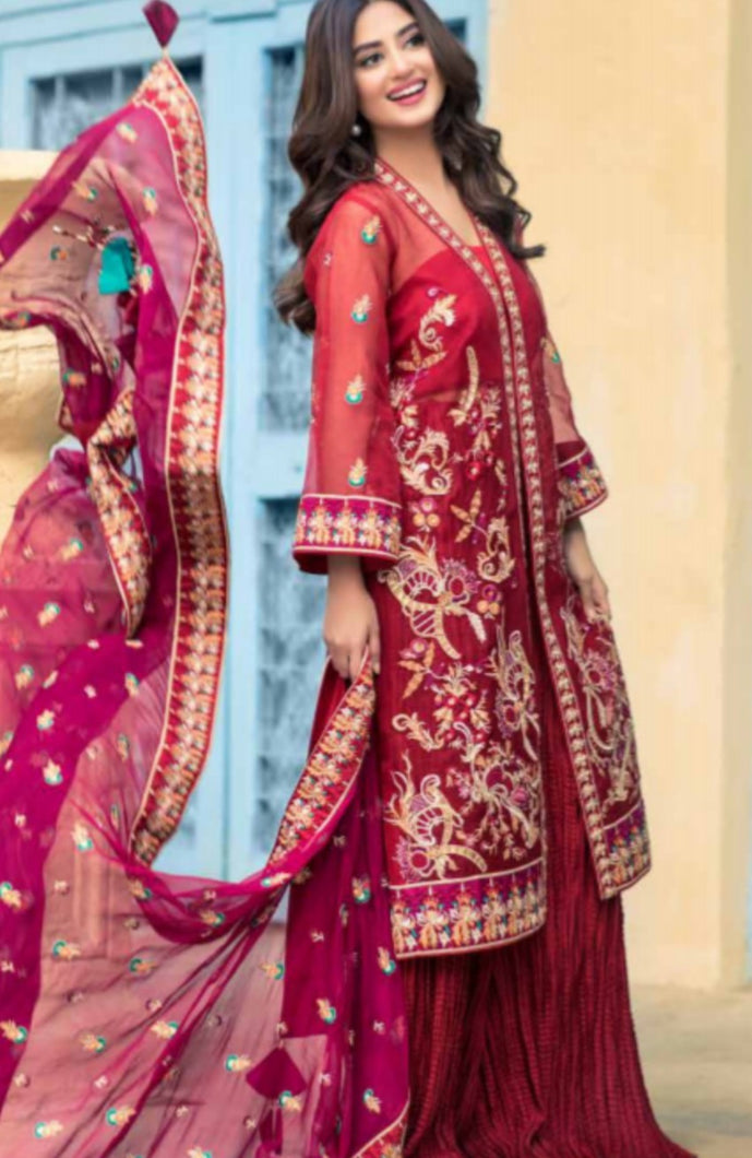 Arinna Unstitched Formals by Sheeba Kapadia