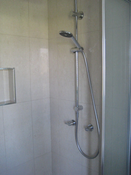 Gostwyck Room Shower