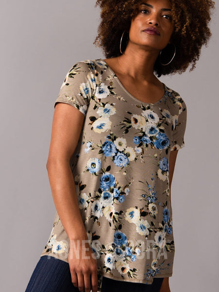 Agnes & Dora™ Everyday Tee Scoop Neck Taupe/Blue Floral
