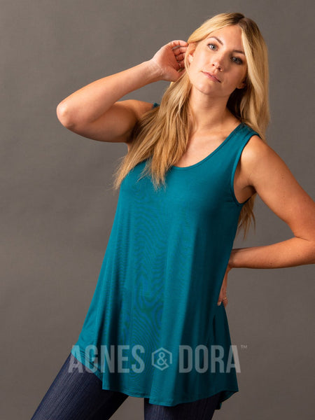 Agnes & Dora™ Essential Tank Scoop Neck Jade