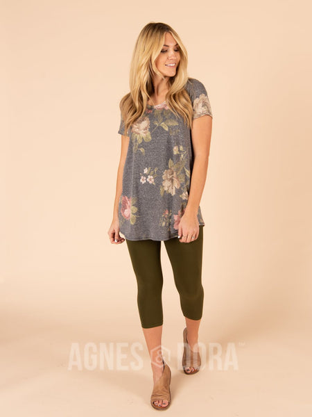 Agnes & Dora™ Everyday Tee Charcoal Floral