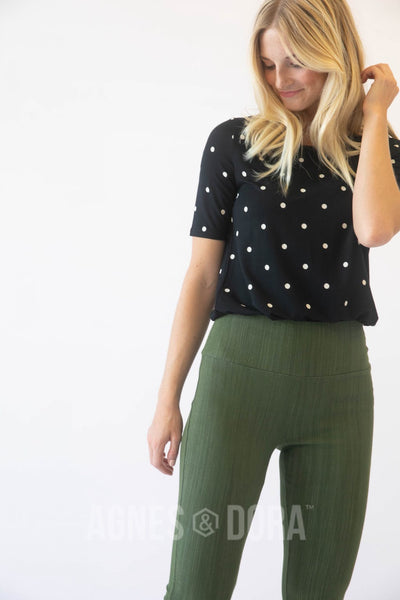 Agnes & Dora™ Fitted Tee Polka Dot B&W