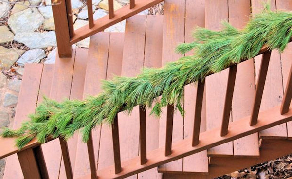 White Pine Roping/Garland