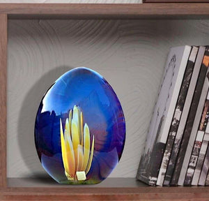 MIDNIGHT LILY - Stone sculpture with internal glass flower - Murano glass