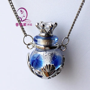 Elegant Necklace for perfume - Murano Glass Art Style