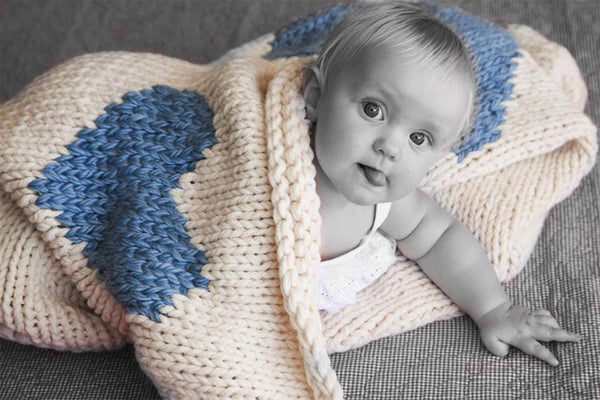 Heart Luxury Knitted Baby Blanket